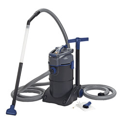Oase Vacuums